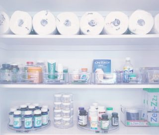 Medicine cabinet goals 💯 Who needs Target when you've got this at home (just kidding, we all deeply need Target 😂).   Everything here has been sorted by category and then contained in a clear, labeled bin. Lazy susans were also utilized for pill bottles to easily spin and find what you need.