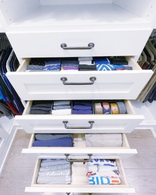 Stairway to heaven - organizing edition 🤣   These drawers are ready to go after a combination of our file folding technique + drawer dividers. It's so easy to see exactly what you need using this approach, no digging through piles to find a certain t-shirt or praying to find a matching set of black socks at the bottom when you're already running late 😉