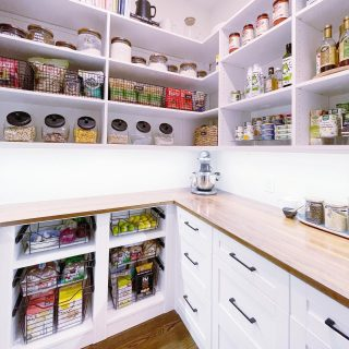 No two pantries are the same! With each pantry we organize, we source products based on the client's needs and preferences 😀  Check out our stories to see the before!